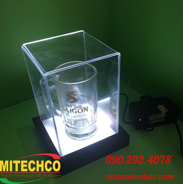 Hộp trưng bày mica đèn led