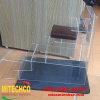Làm kệ mica Hà Nội, gia công menu mica kệ mica trưng bày giá rẻ